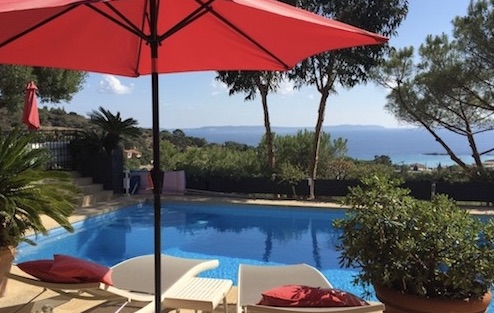 charming-bnb-lavandou-sea-view-swimming-pool1 chambre-hotes-lavandou-piscine-vue-mer1