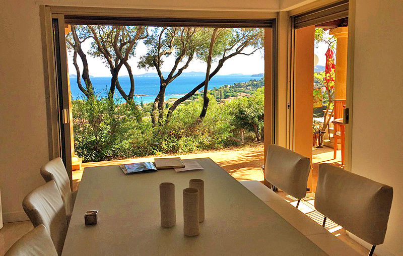 charming-bnb-lavandou-sea-view-swimming-pool5 chambre-hotes-lavandou-piscine-vue-mer5